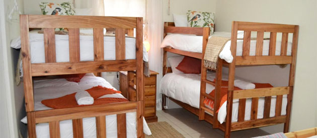KABBELRUS GUEST HOUSE & ROOI DONKIE RESTAURANT