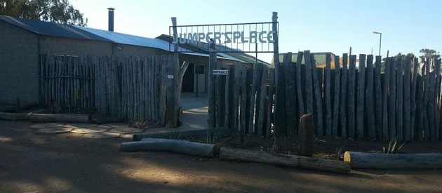 JUMPER'S PLACE BACKPACKERS